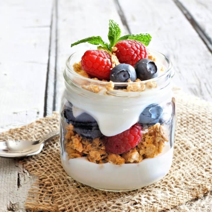 TOP 5 món sữa chua Hy Lạp giúp bạn tăng cơ giảm mỡ